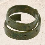 Įvijinis žiedas (I tūkst. vid. – XIV a.)